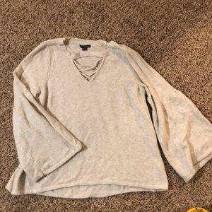 Cream Bell sleeve American Eagle sweater Xl